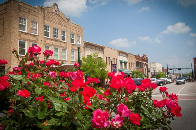 VirginiaSt_DowntownMcKinney2011.jpg